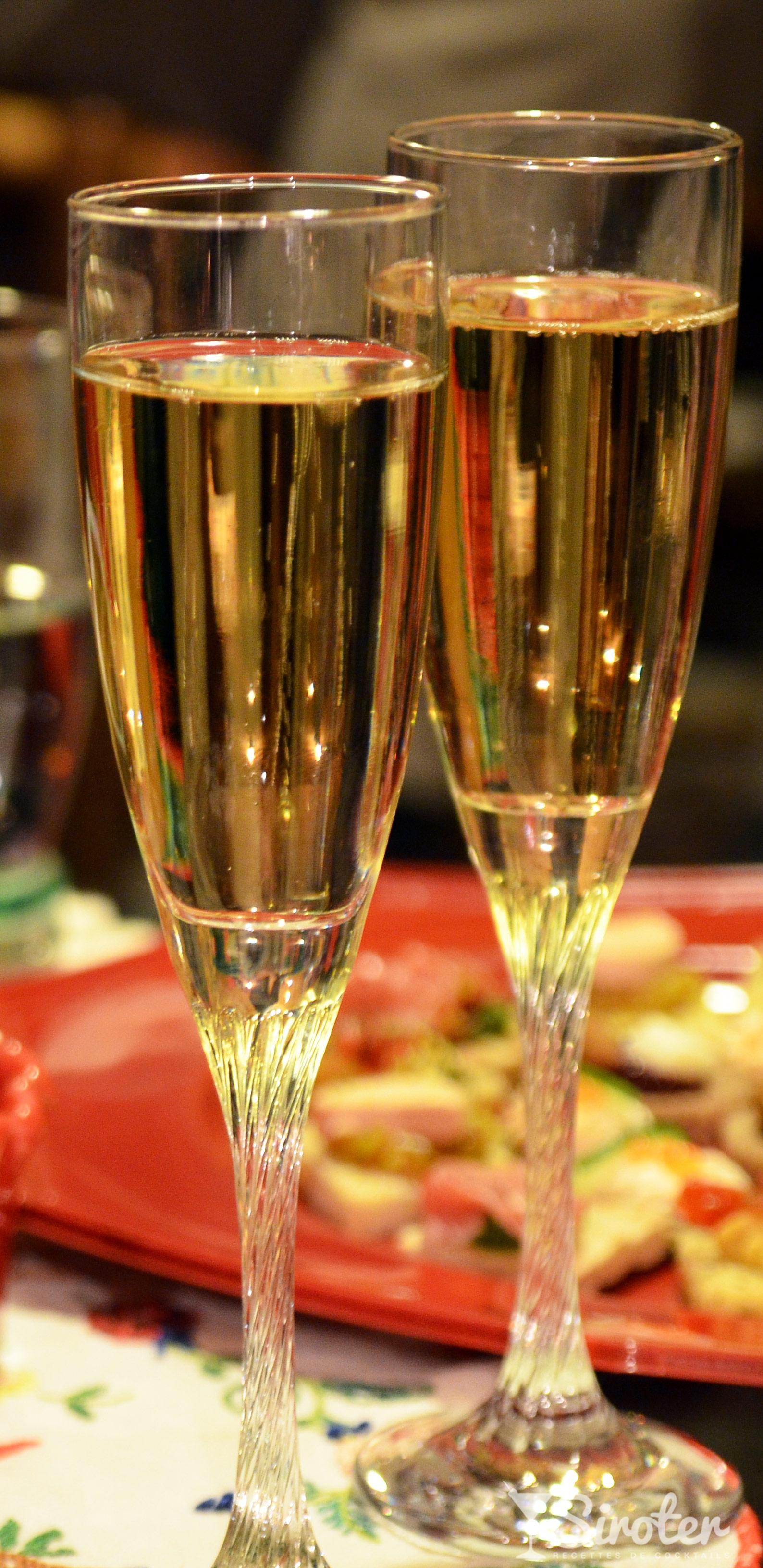 Cocktail absolut grand royal recette pr paration et for Site de cocktail