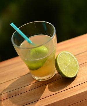 Cocktail CORONA PUNCH